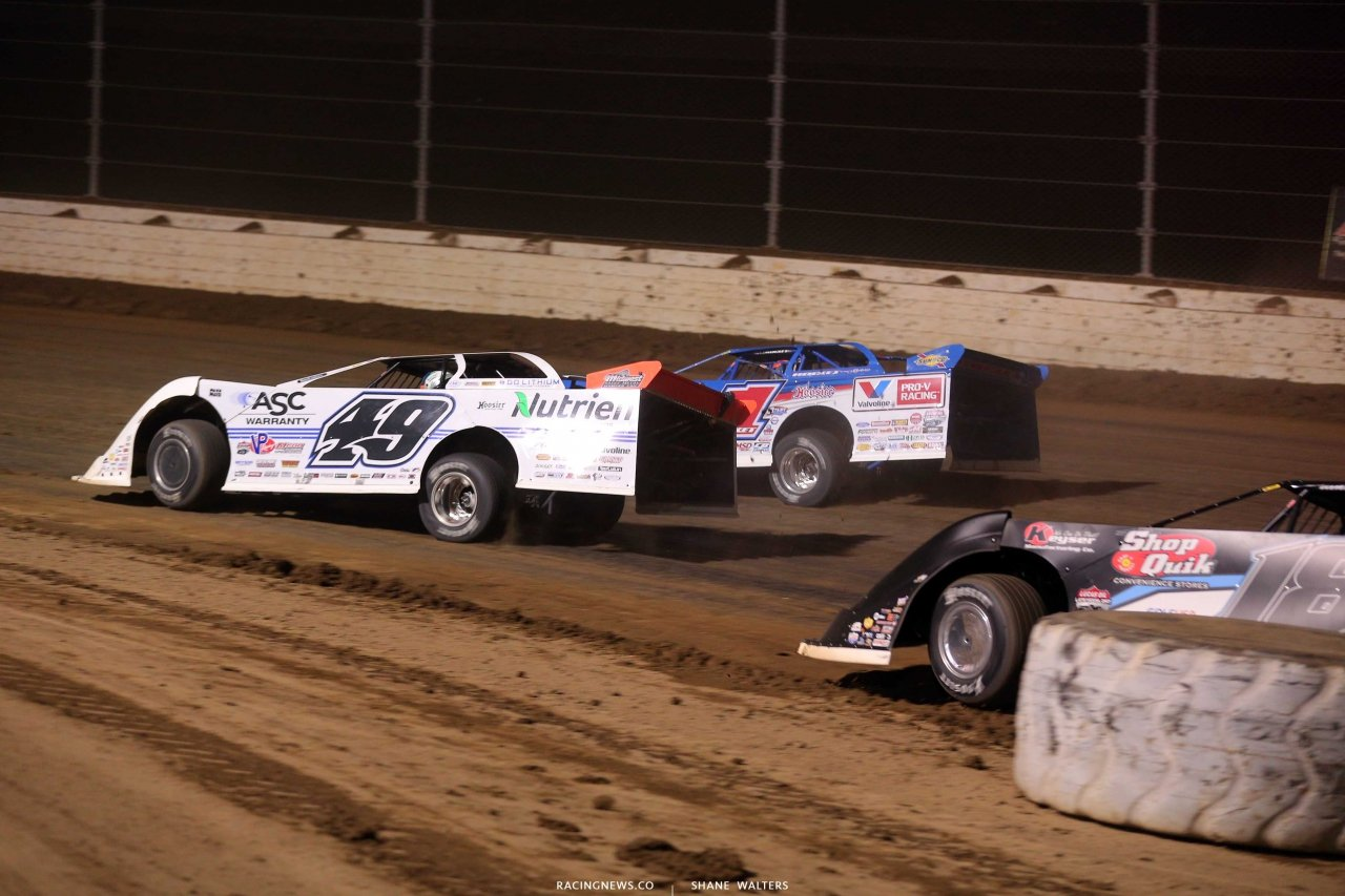 Brandon Sheppard and Jonathan Davenport in the Dirt Million at Mansfield Motor Speedway 5636