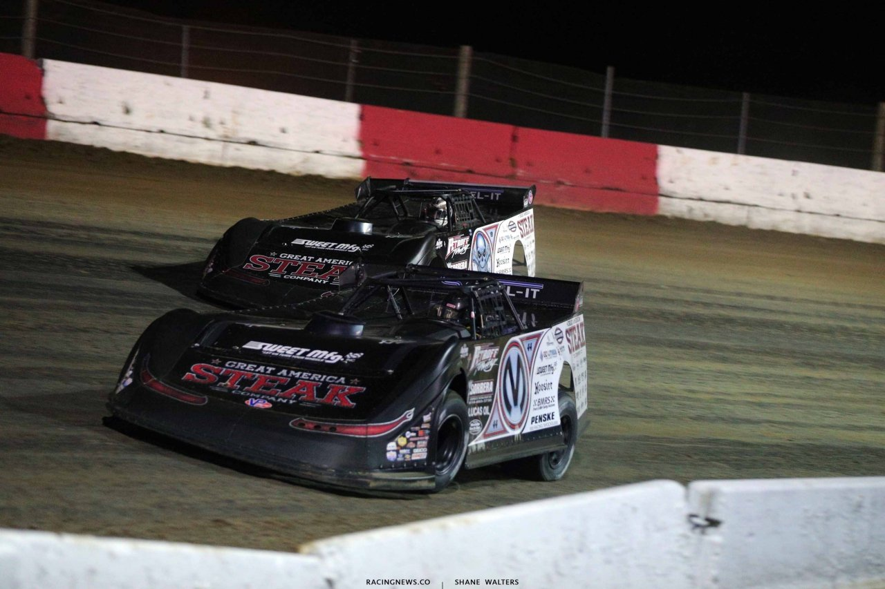Chris Madden and Scott Bloomquist at Batesville Motor Speedway - Lucas Oil Late Model Dirt Series 4857