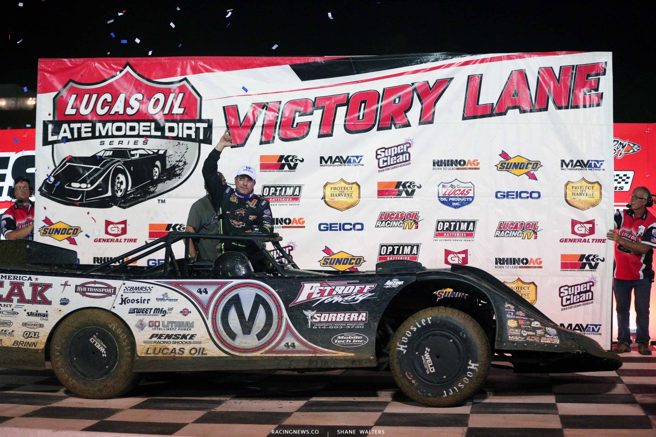Chris Madden is Lucas Oil Victory Lane at Batesville Motor Speedway 4414
