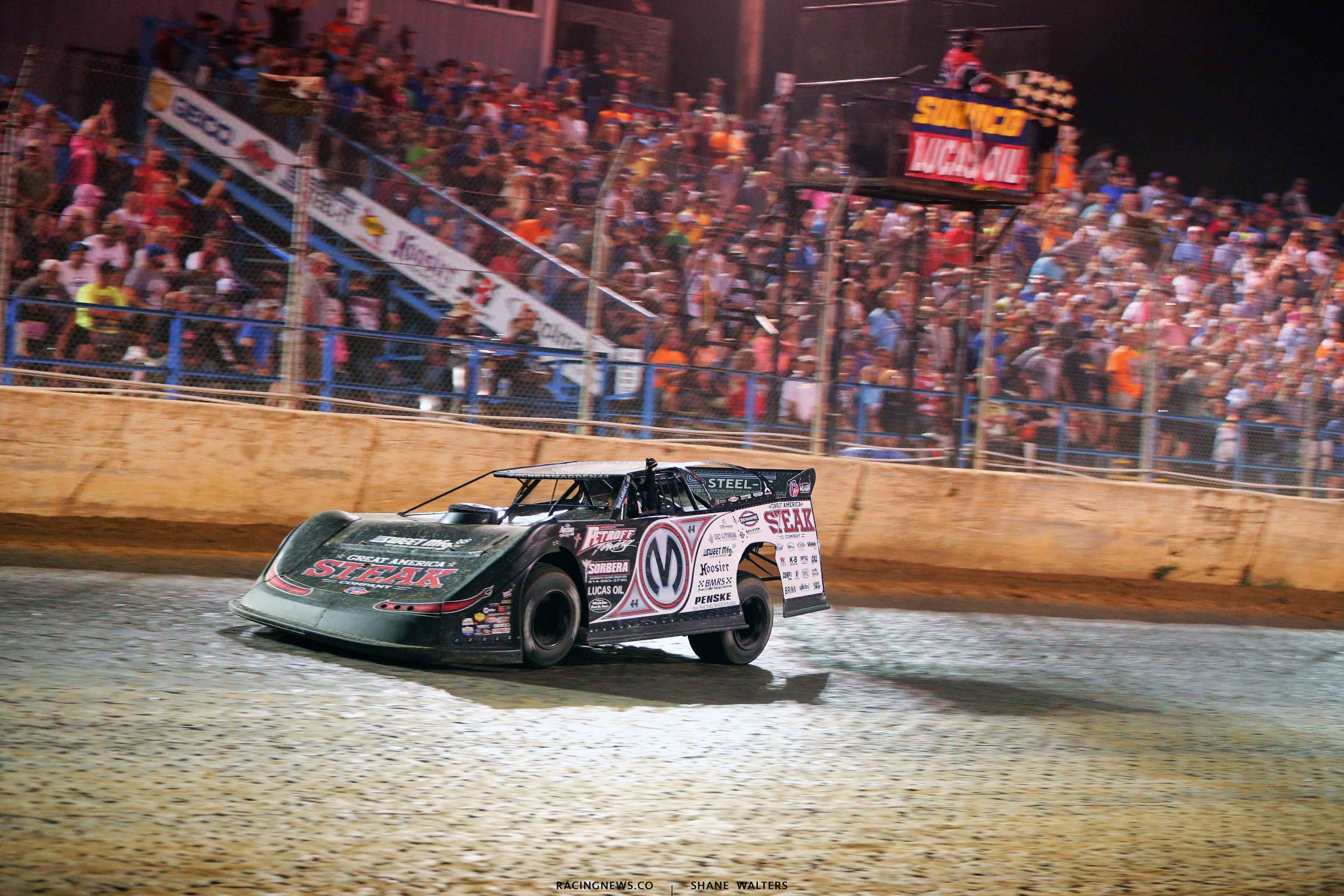 Chris Madden wins the North South 100 at Florence Speedway - LOLMDS 4088