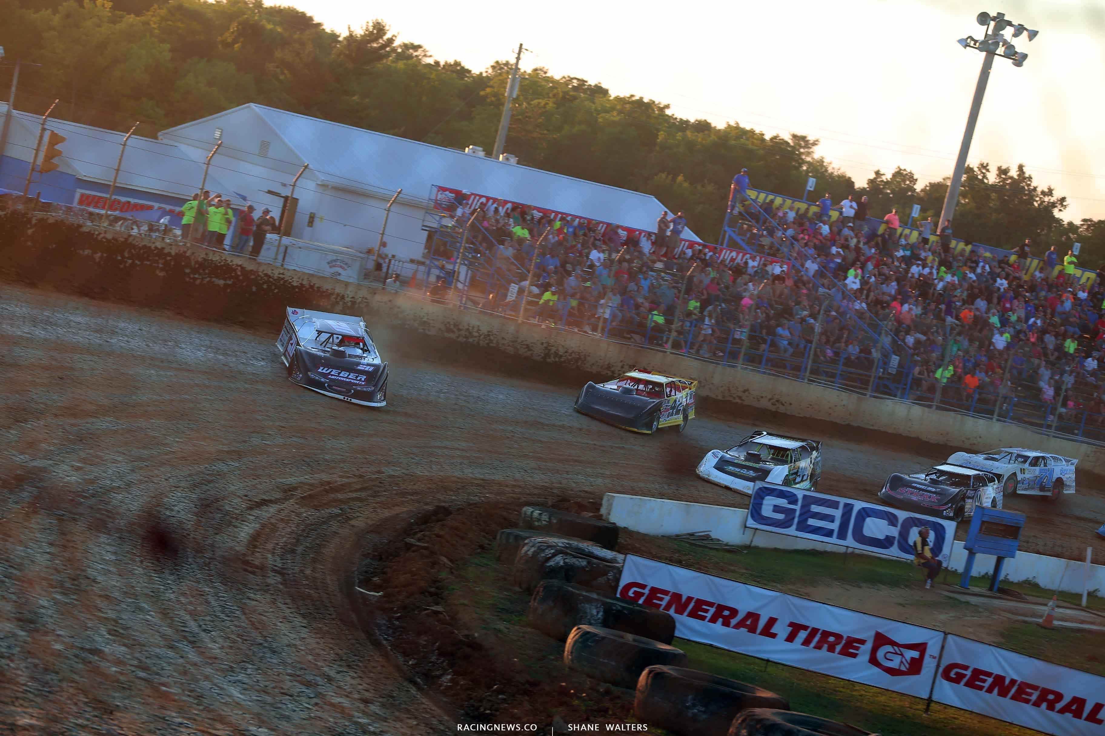 Duane Chamberlain and Jason Miller at Florence Speedway - Lucas Oil Series 3545