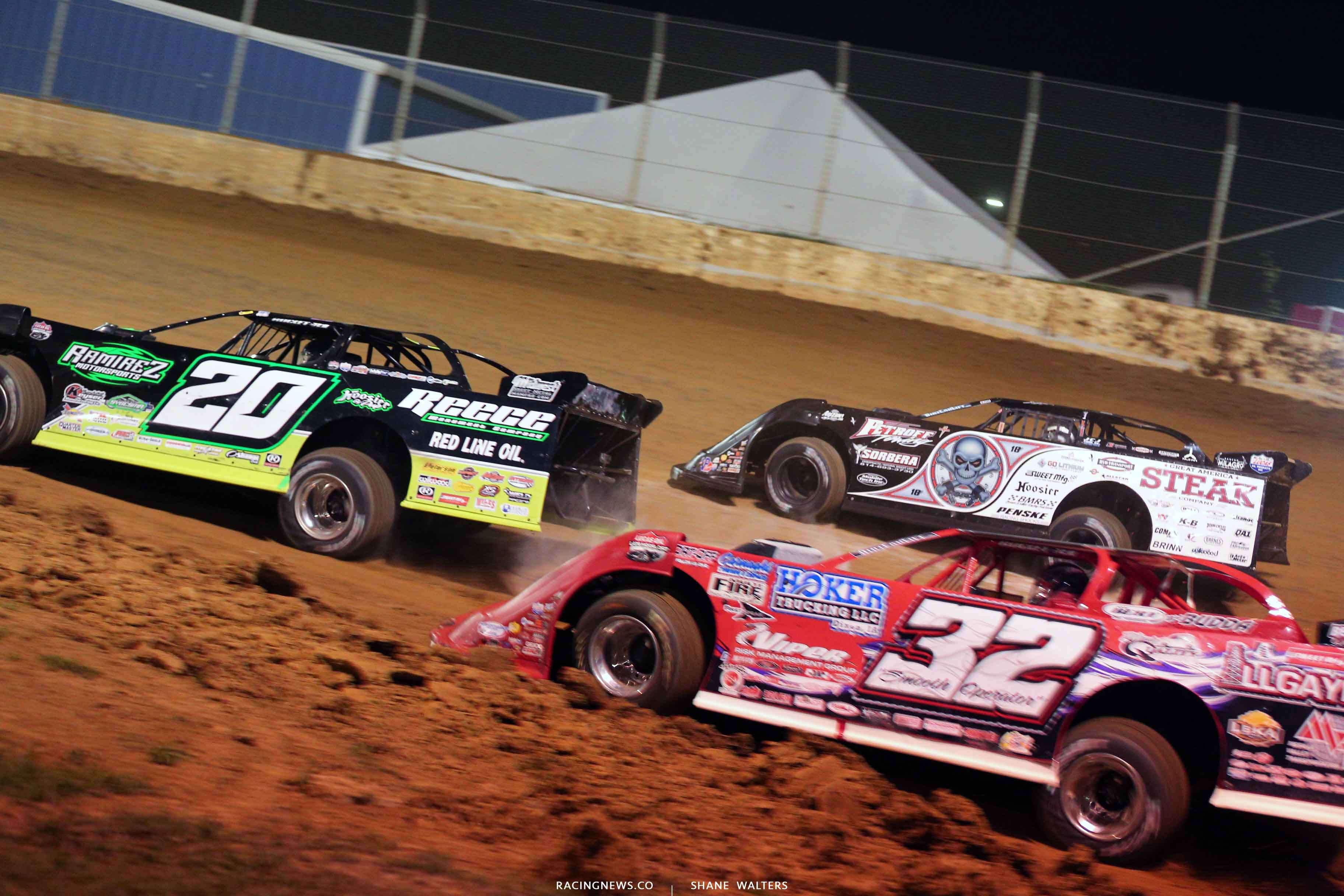 Jimmy Owens, Bobby Pierce and Scott Bloomquist at Florence Speedway - Lucas Oil Late Models 3827