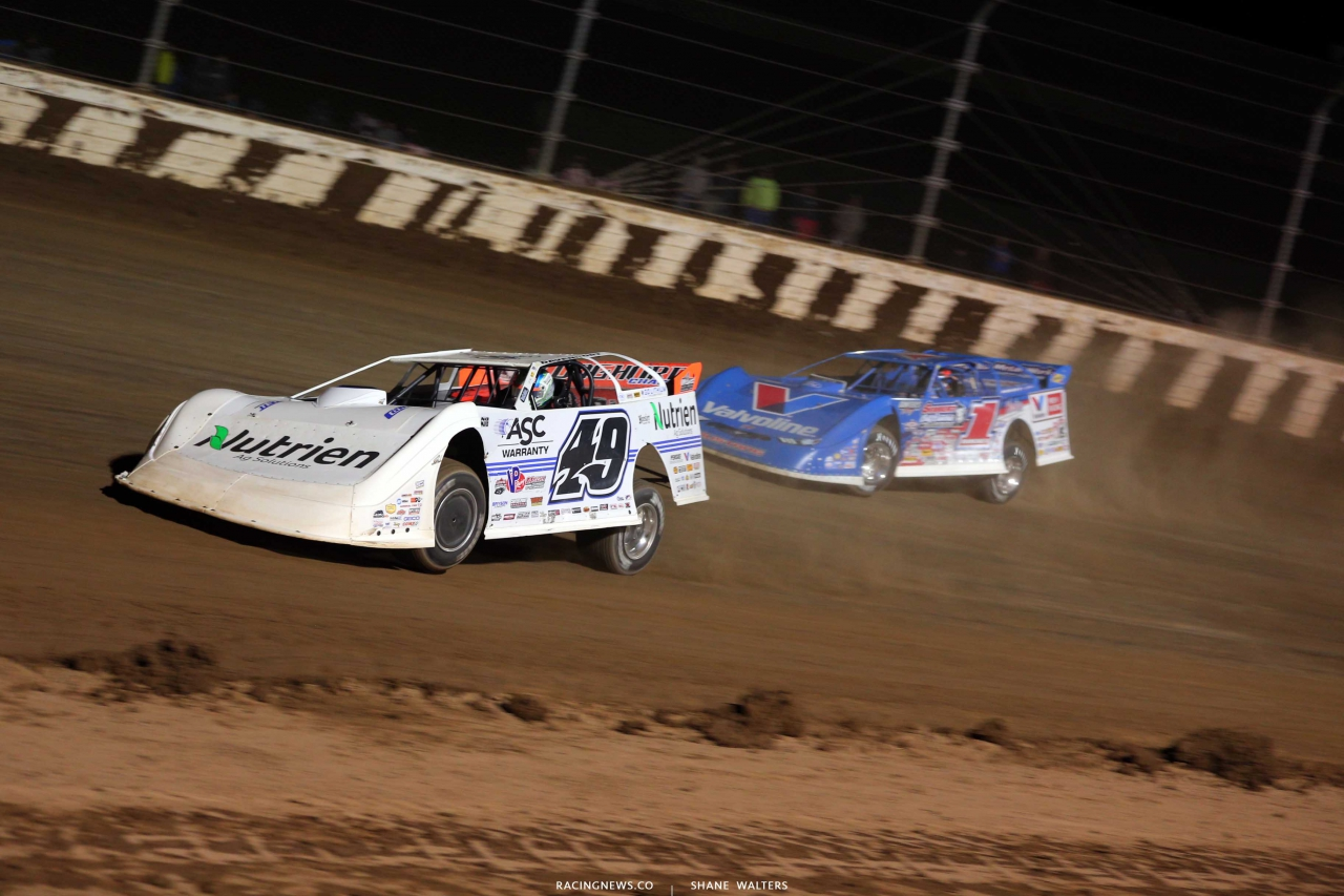 Jonathan Davenport and Brandon Sheppard at Mansfield Motor Speedway - Dirt Million - Lucas Oil Late Model Dirt Series 5548