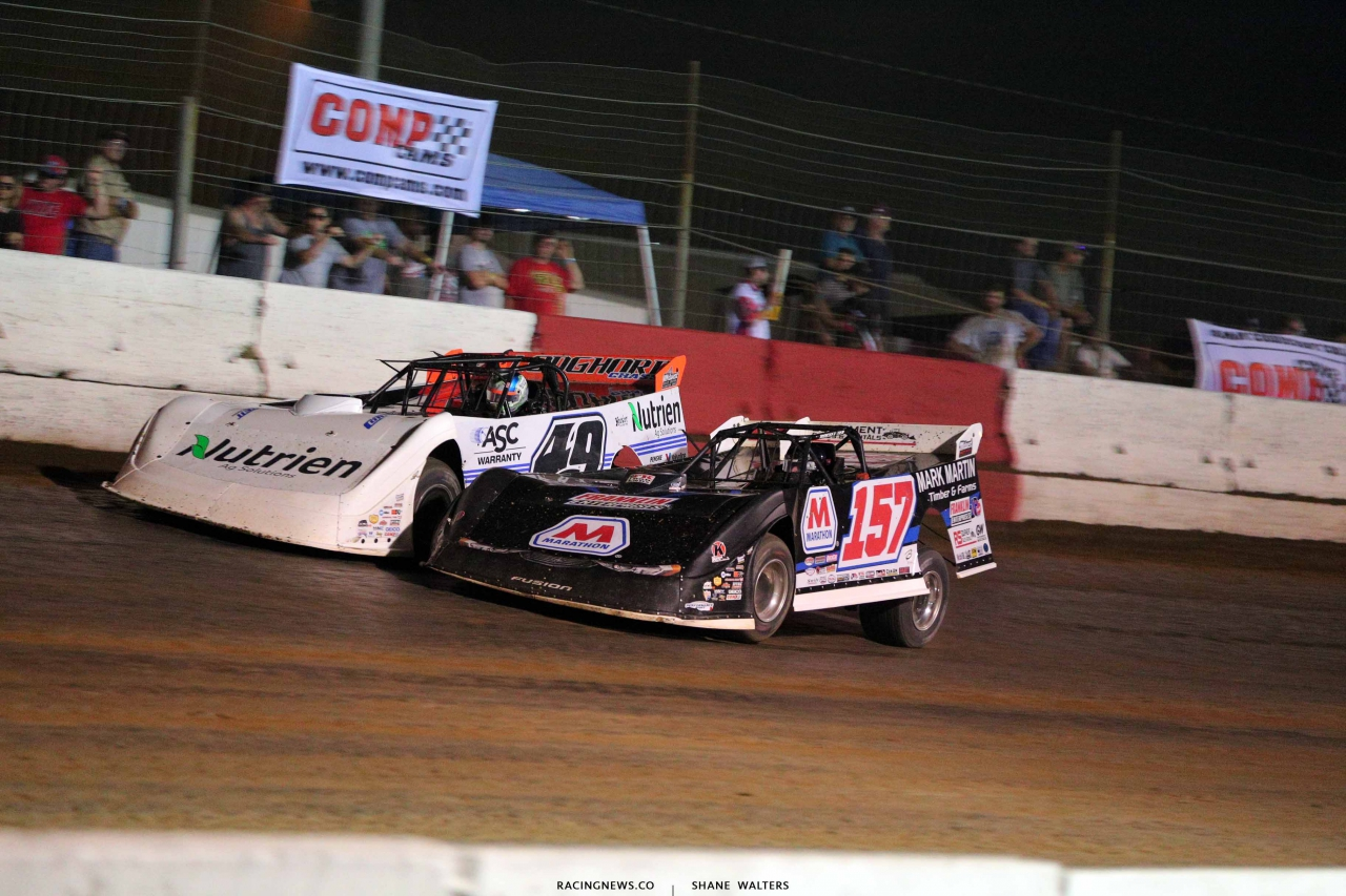 Jonathan Davenport and Mike Marlar at Batesville Motor Speedway - Lucas Oil Late Model Series 4735