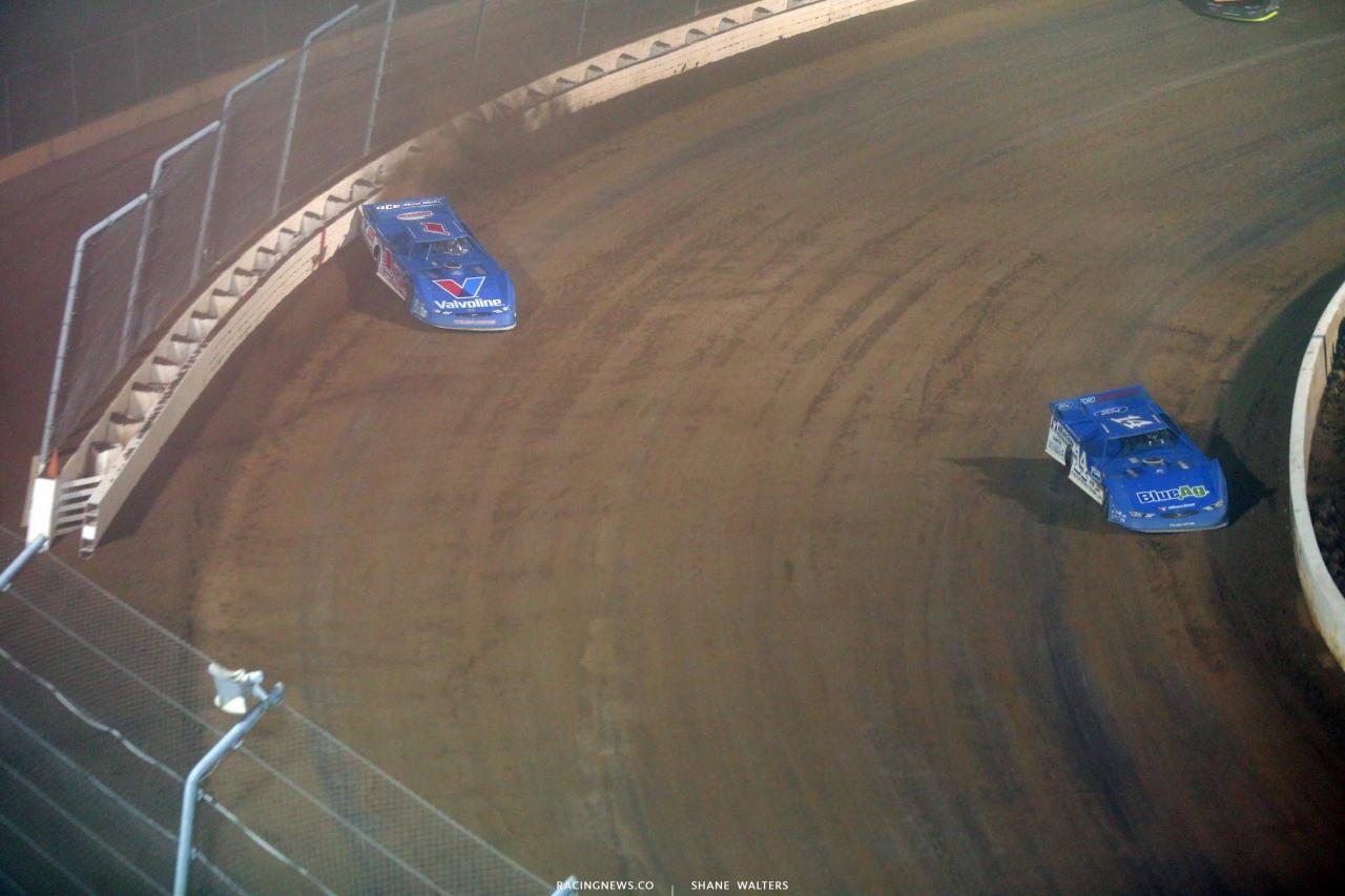 Josh Richards and Brandon Sheppard at Mansfield Motor Speedway - Lucas Oil Late Model Dirt Series 5128