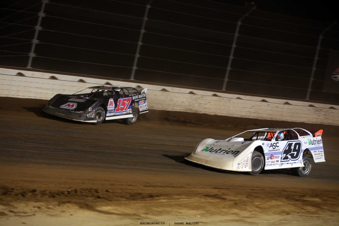 Mike Marlar and Jonathan Davenport at Mansfield Motor Speedway - Dirt Million - LOLMDS 5646
