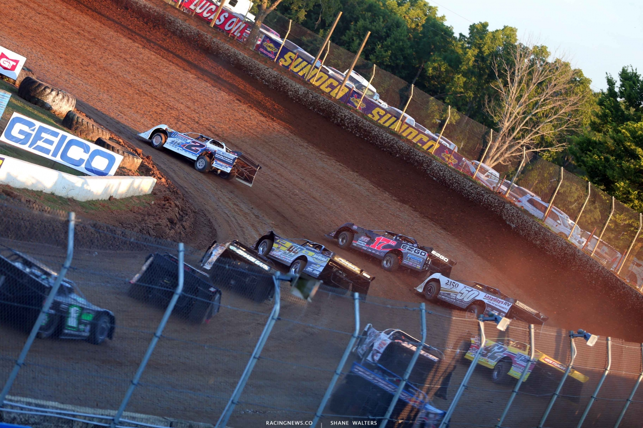 Nick Hoffman leads Dale McDowell, Shanon Buckingham and Frank Heckenast Jr at Florence Speedway 3753