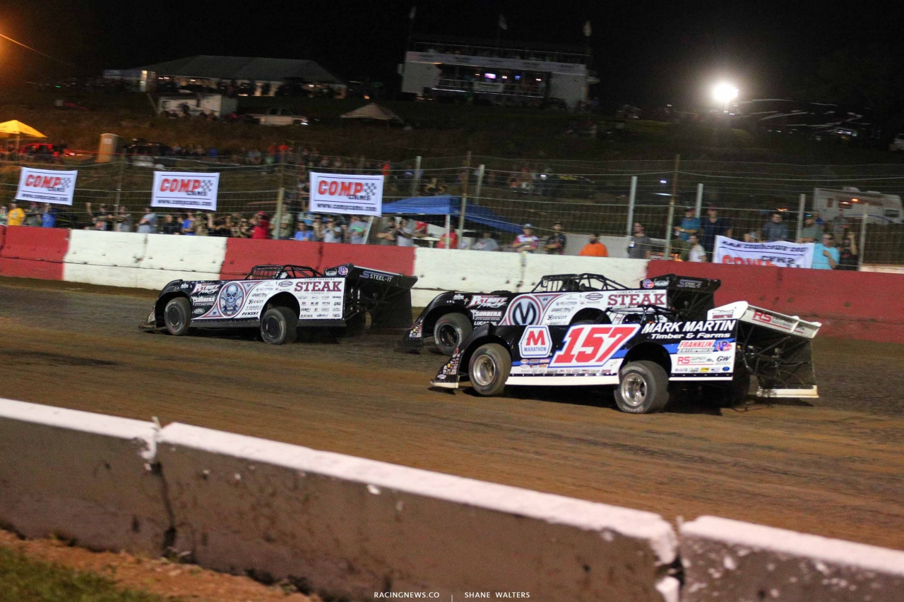 Scott Bloomquist, Chris Madden and Mike Marlar at Batesville Motor Speedway - Lucas Dirt 4693