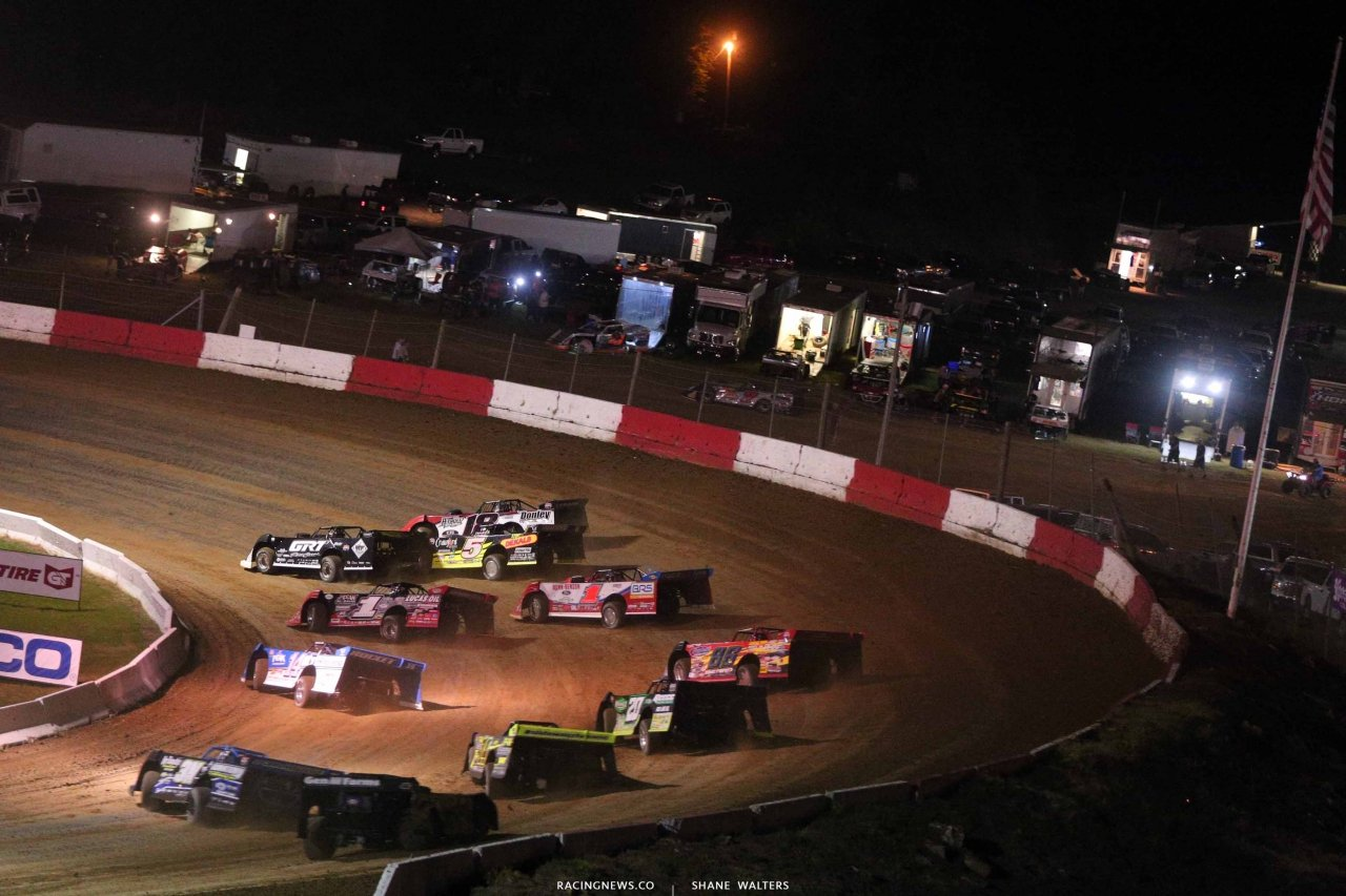 Shannon Babb, Michael Norris and Wendell Wallace at Batesville Motor Speedway - Lucas Series 4580