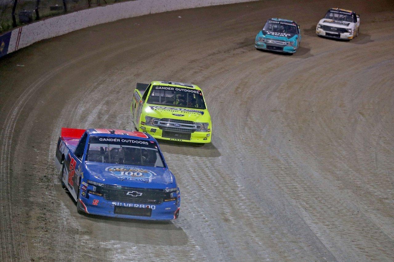 Stewart Friesen and Matt Crafton at Eldora Speedway - NASCAR Truck Series