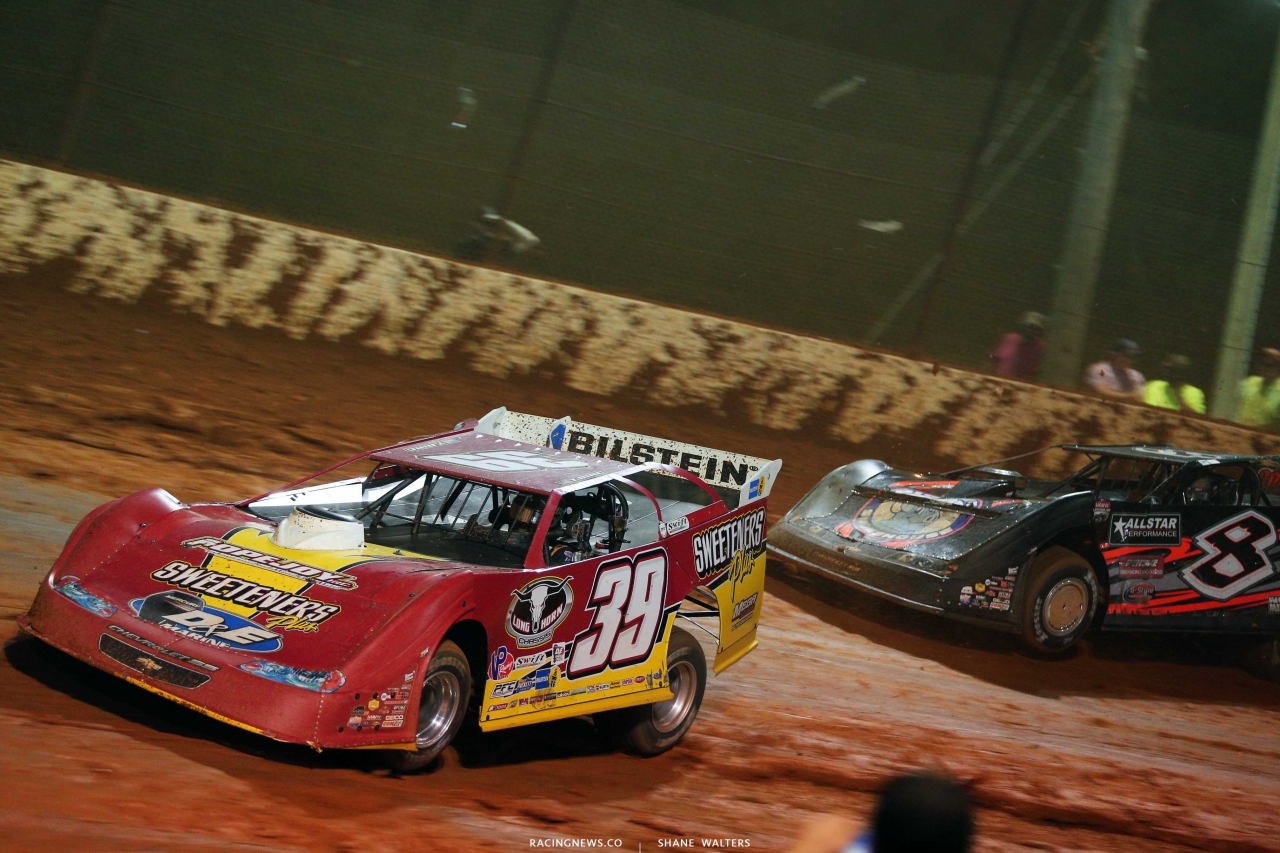 Tim McCreadie and Kyle Strickler at Ponderosa Speedway - LOLMDS 5942