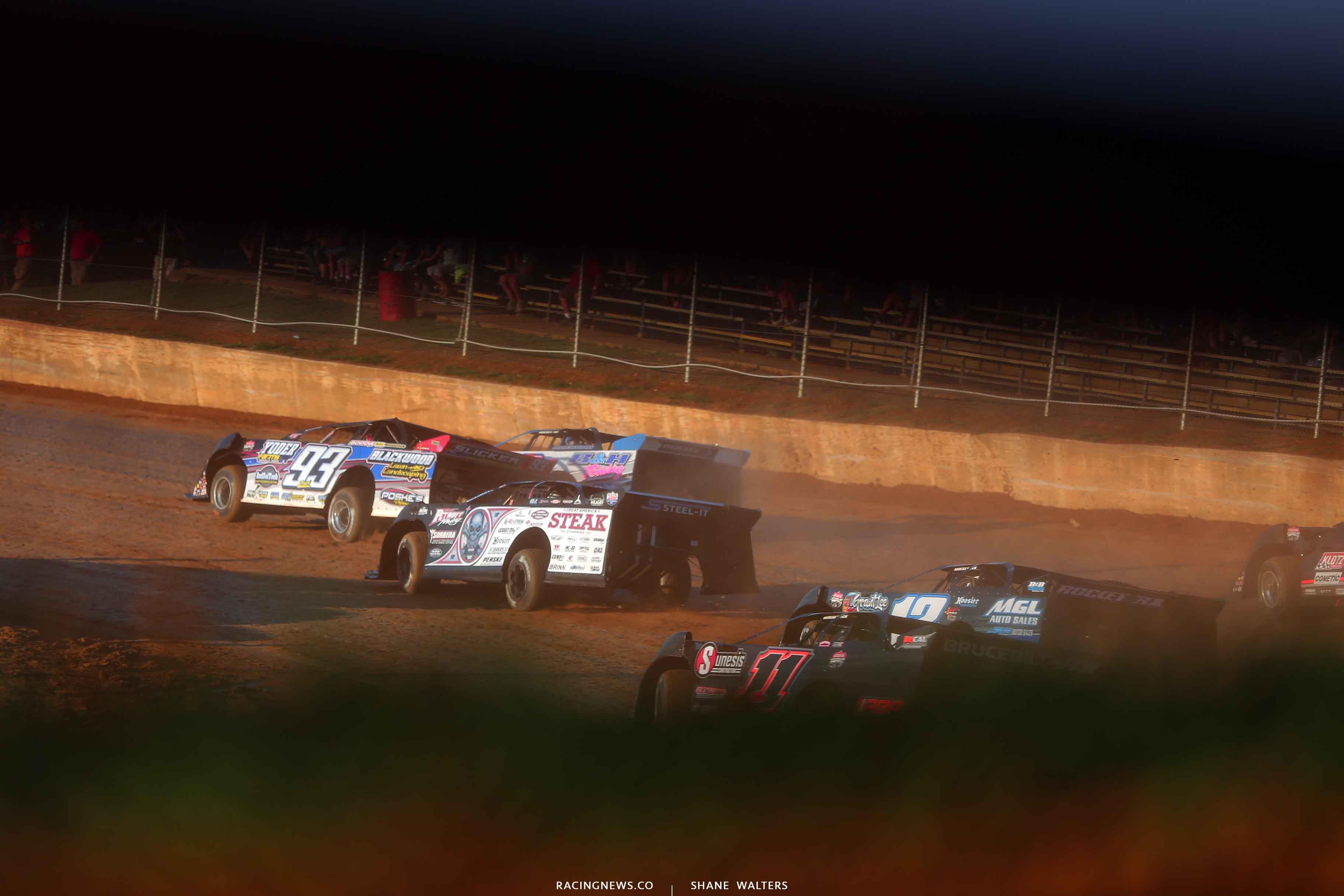 Zak Blackwood and Scott Bloomquist at Florence Speedway - Lucas Oil Series 3473