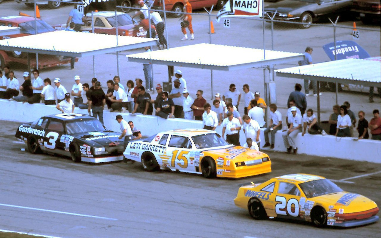 Dale Earnhardt and Geoff Bodine