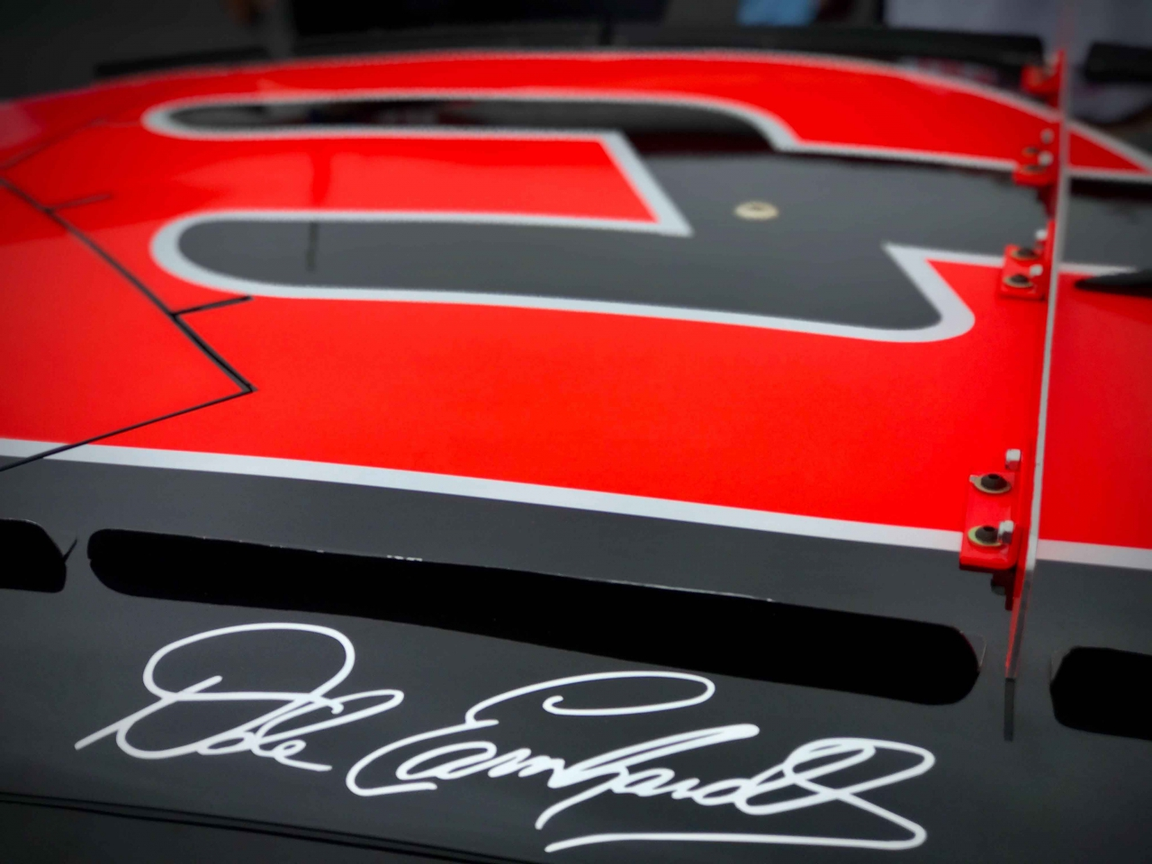 Dale Earnhardt: Living with the Intimidator - Racing News