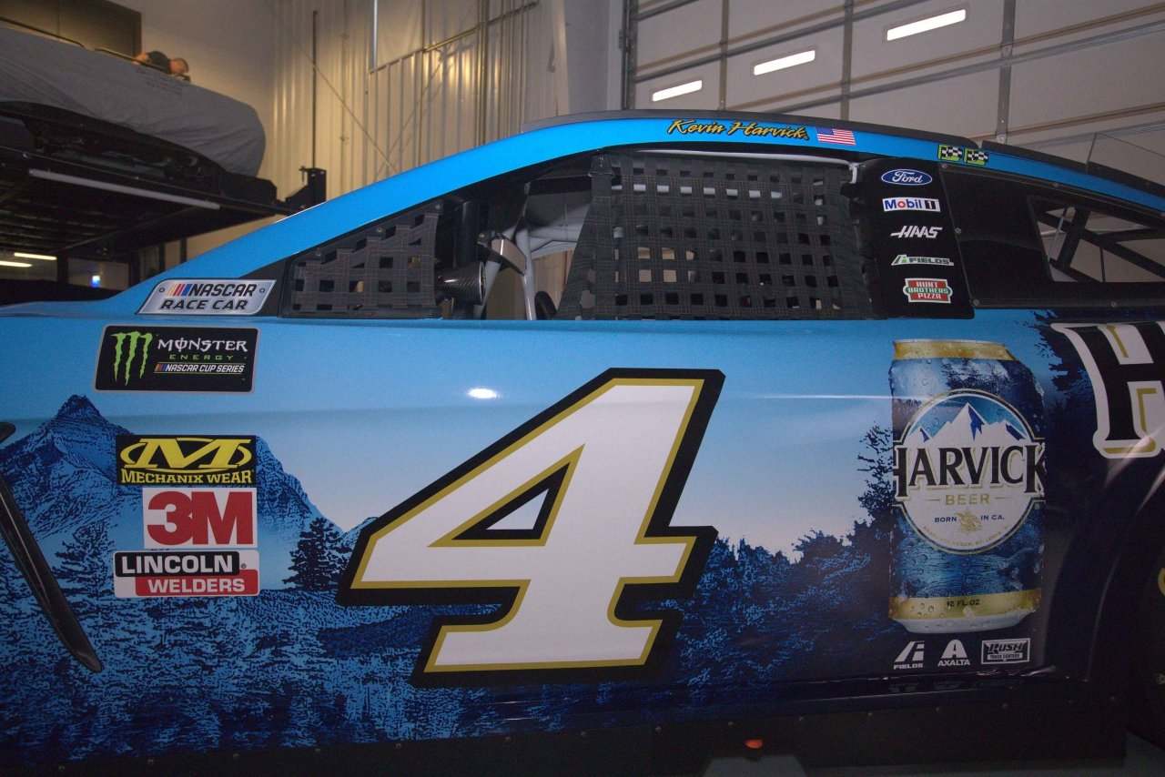 Harvick can on the Harvick wrap - Dover International Speedway - NASCAR