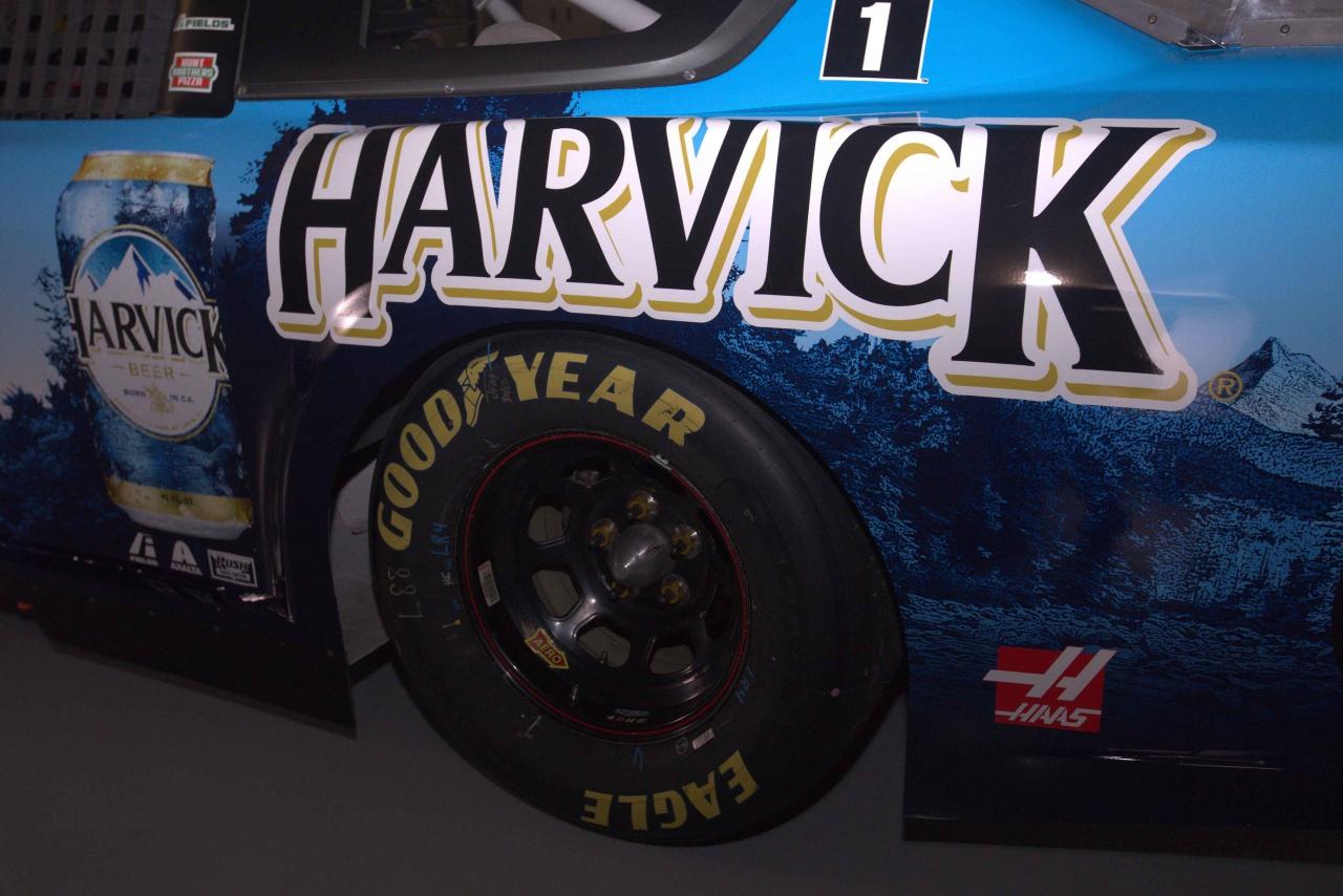 Harvick paint scheme - Dover International Speedway