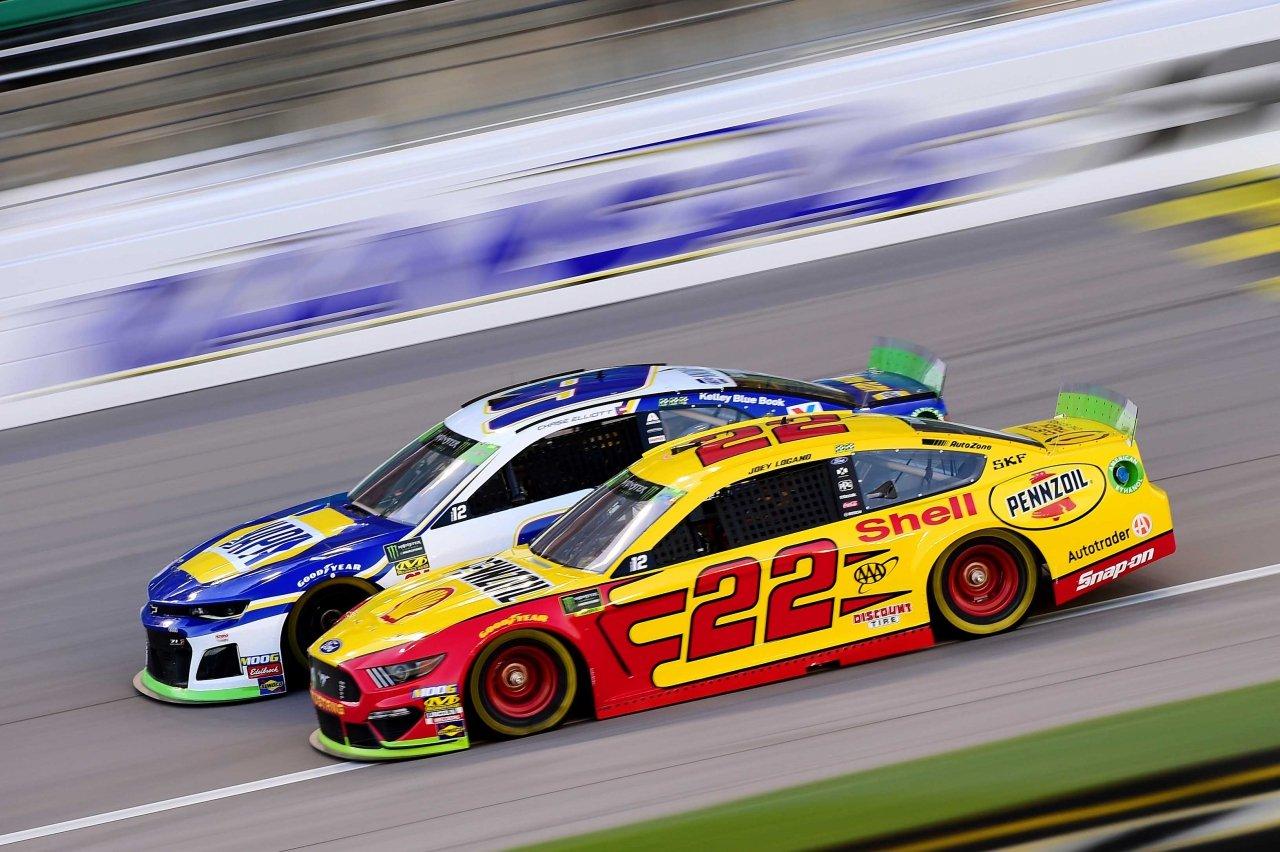 Joey Logano and Chase Elliott at Kansas Speedway - NASCAR Cup Series
