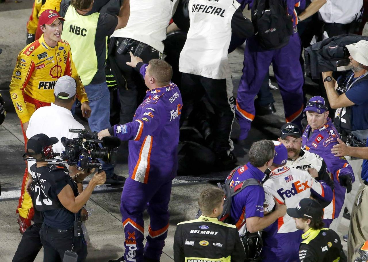 Joey Logano and Denny Hamlin altercation at Martinsville Speedway - NASCAR Fight