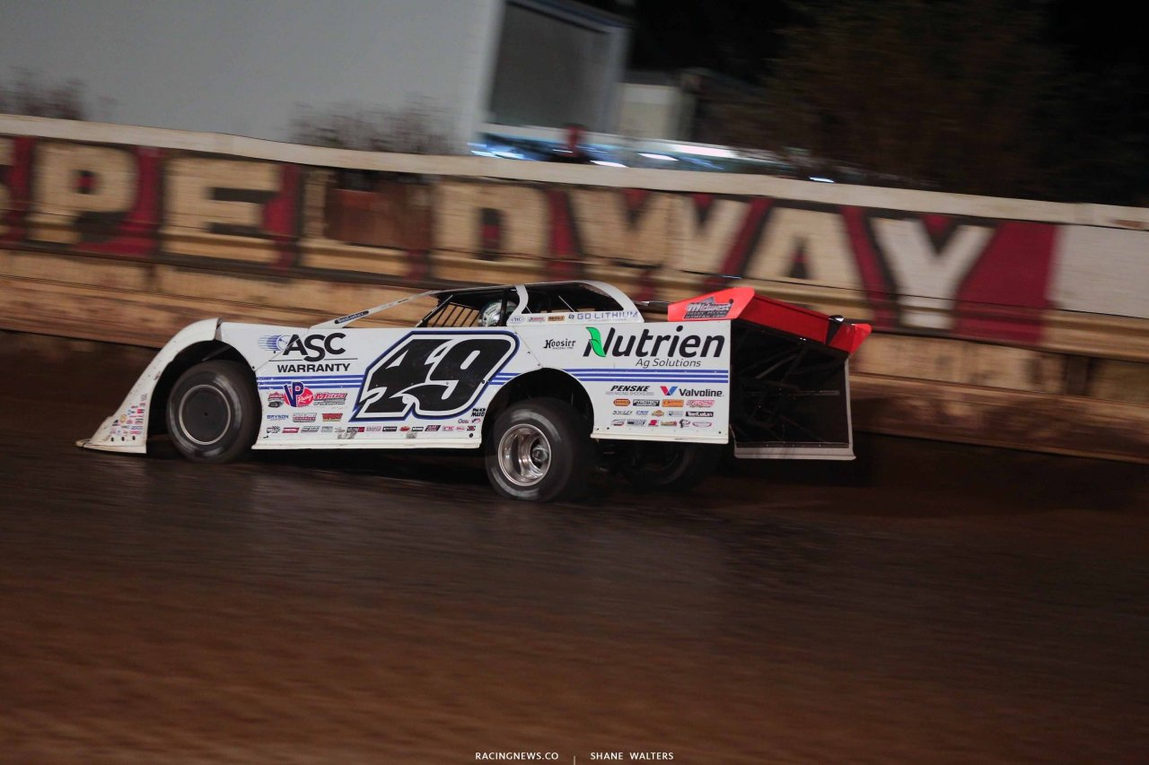 Jonathan Davenport at Pittsburgh's Pennsylvania Motor Speedway - Lucas Oil Late Models 8588