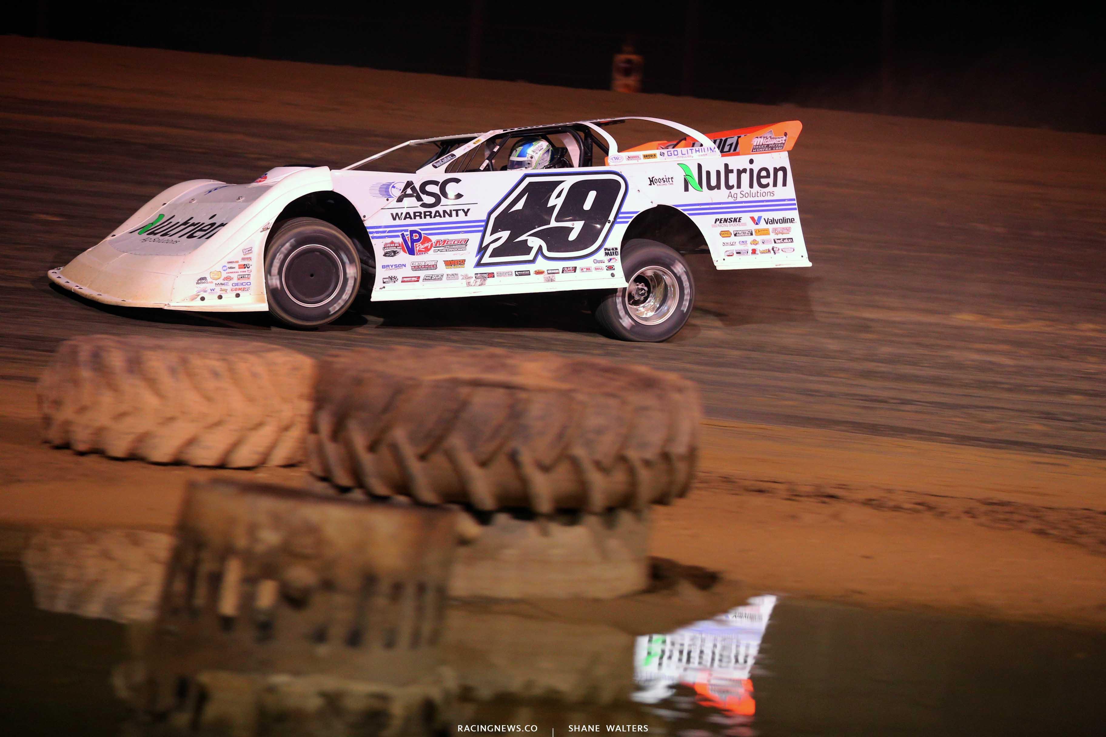 Jonathan Davenport at Raceway 7 - Lucas Oil Late Model Dirt Series 8323