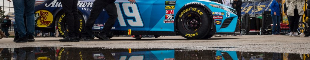 Kansas Speedway: Inspection issues, ejections