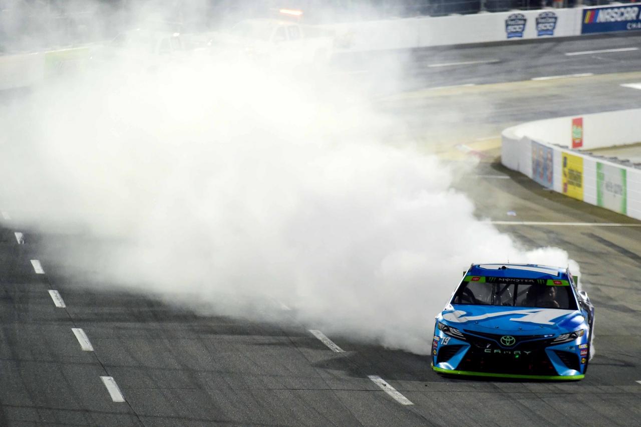Martin Truex Jr wins at Martinsville Speedway - NASCAR burnout