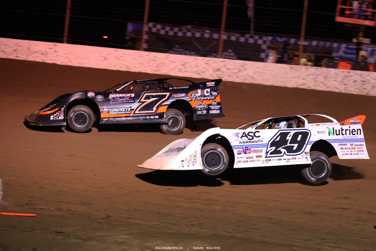 Ricky Weiss and Jonathan Davenport at Portsmouth Raceway Park - Lucas Oil Dirt Series 8949