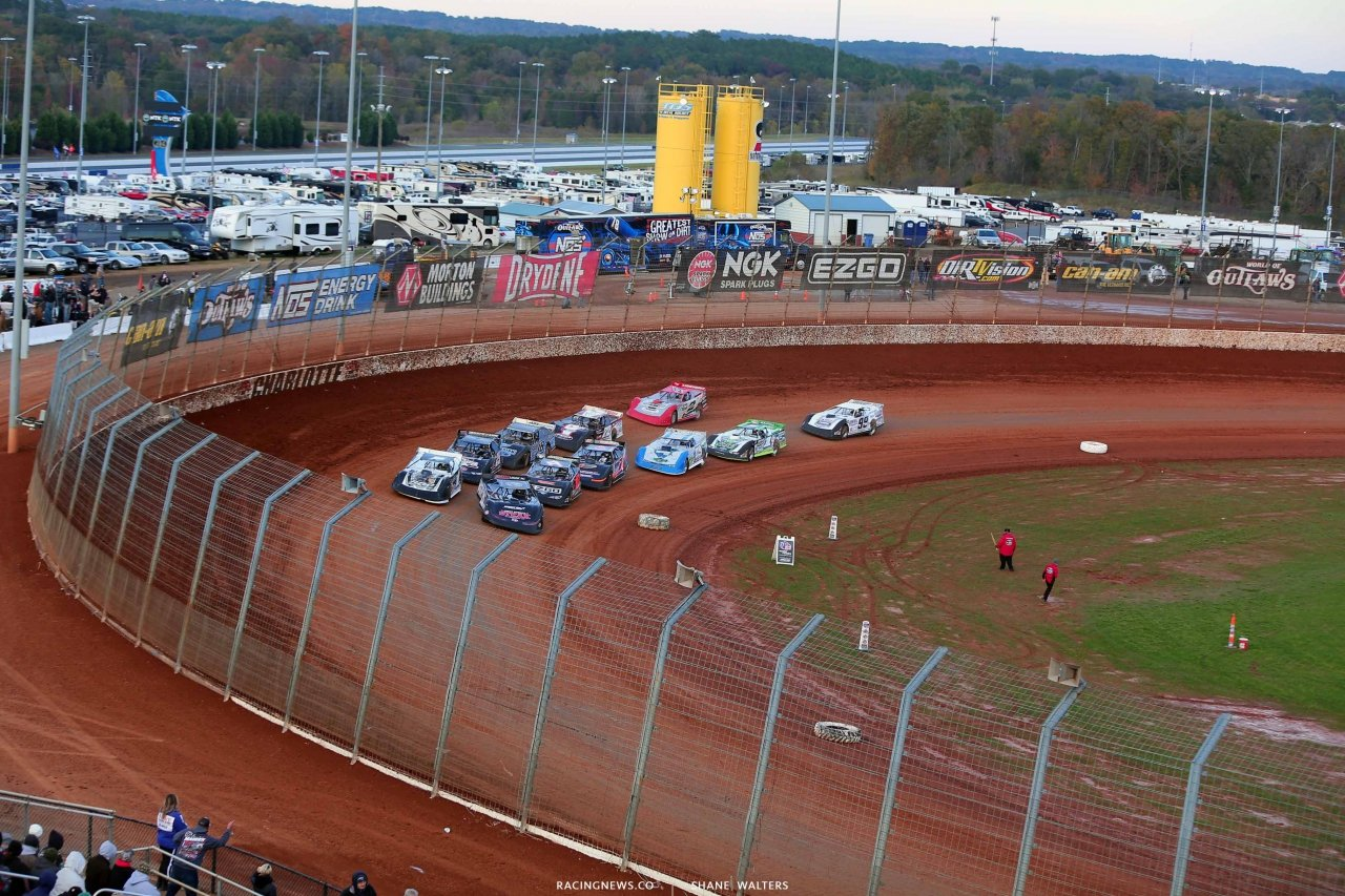 Chris Madden and Ryan King on The Dirt Track at Charlotte - World of Outlaws Late Model Series 0161
