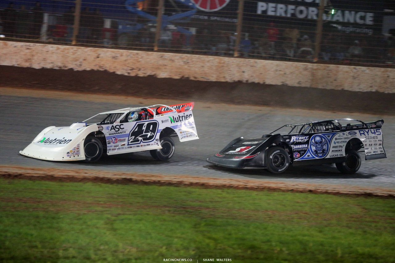 Jonathan Davenport and Scott Bloomquist on The Dirt Track at Charlotte - World of Outlaws Late Models 0572