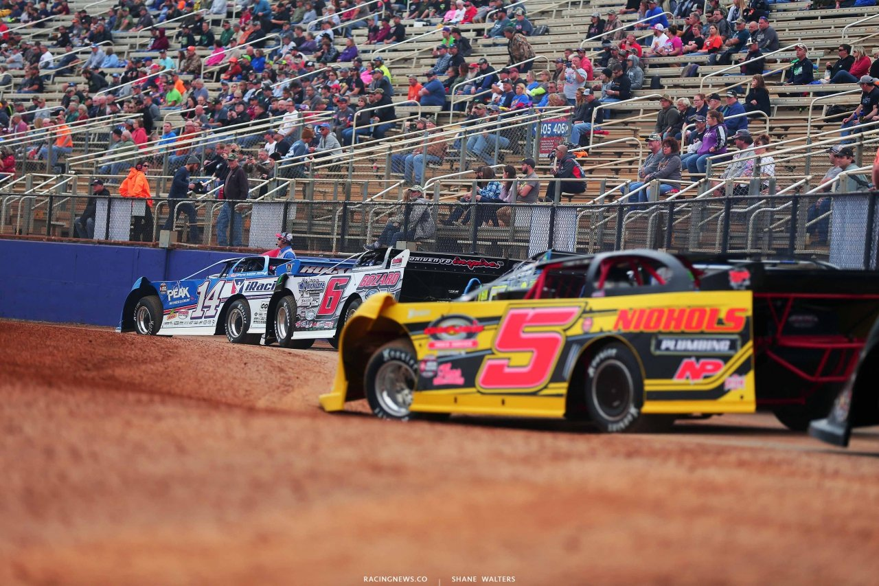 Josh Richards on the Dirt Track at Charlotte - World of Outlaws Late Model Series 9504