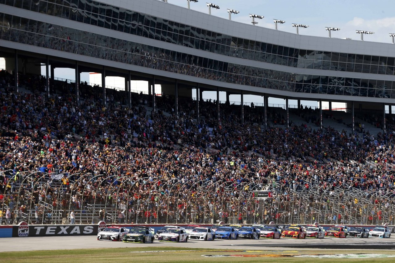 Kevin Harvick leads them to the green at Texas Motor Speedway - NASCAR