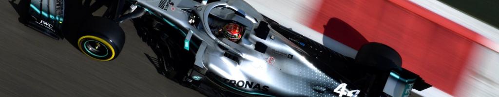 Ferrari expresses interest in Mercedes driver; Lewis Hamilton shocked