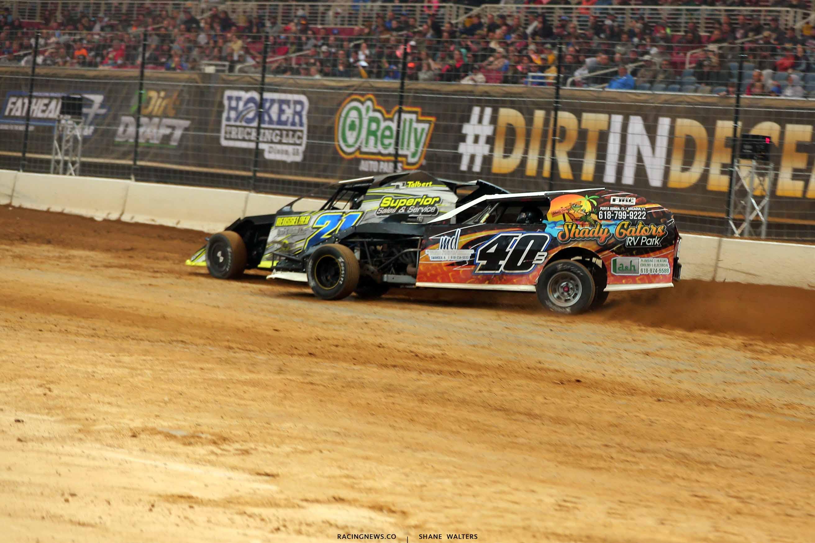 Derek Losh and Kyle Bronson in the Gateway Dirt Nationals - Dirt Modifieds 2891