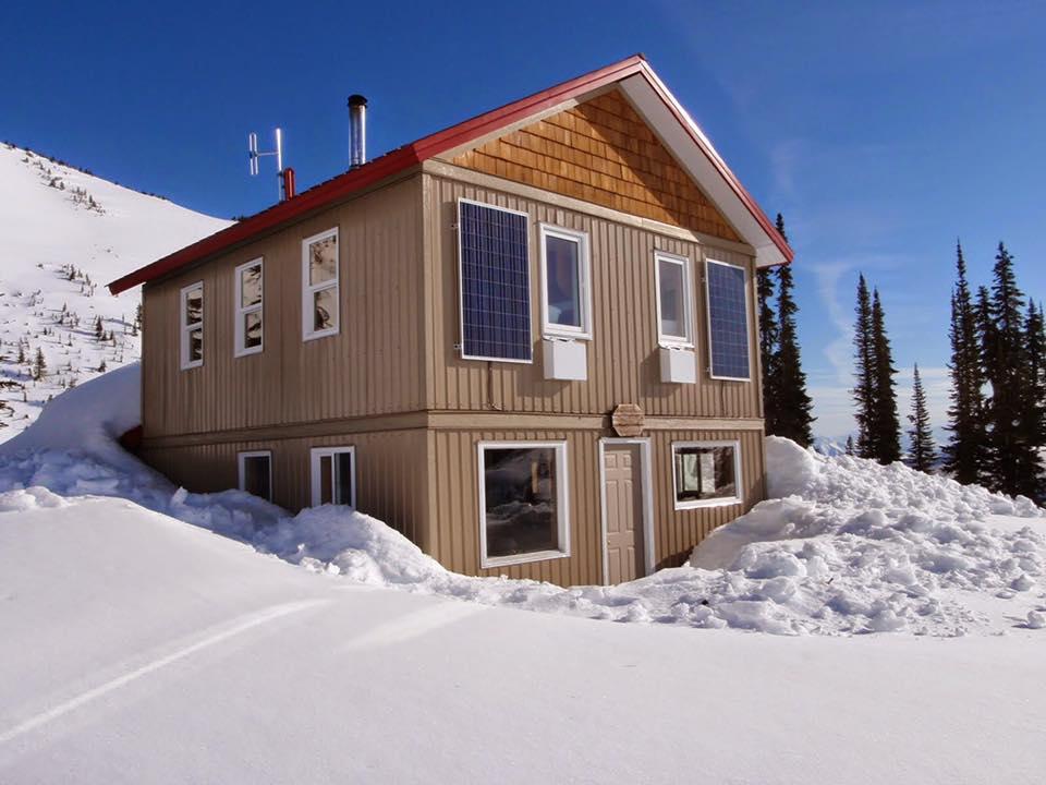 Golden Alpine Lodge