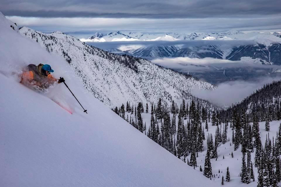 Golden Alpine Skiing