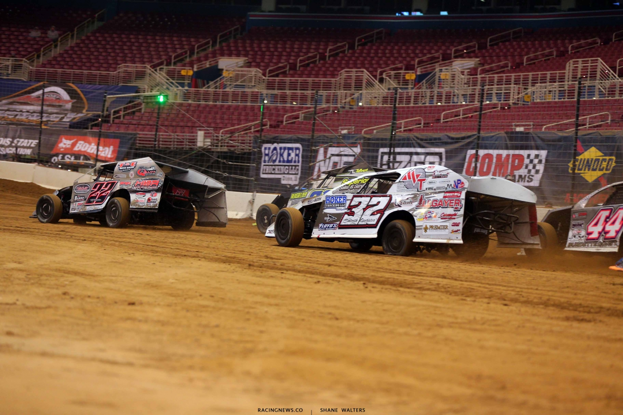 Josh Harris and Bobby Pierce in the Gateway Dirt Nationals - Dirt Modified 2083