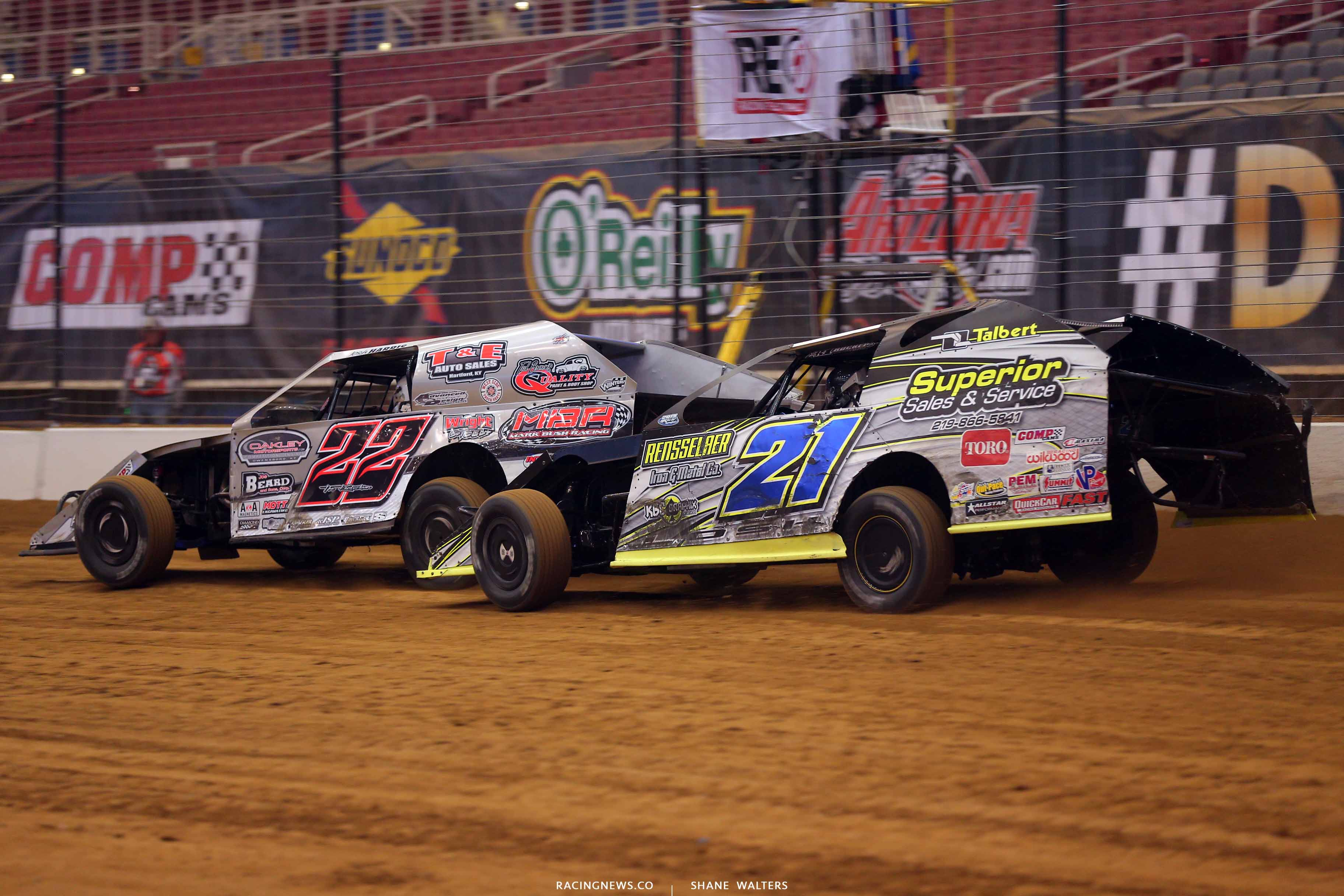 Josh Harris and Derek Losh in the Gateway Dirt Nationals - Dirt Modifieds 2115