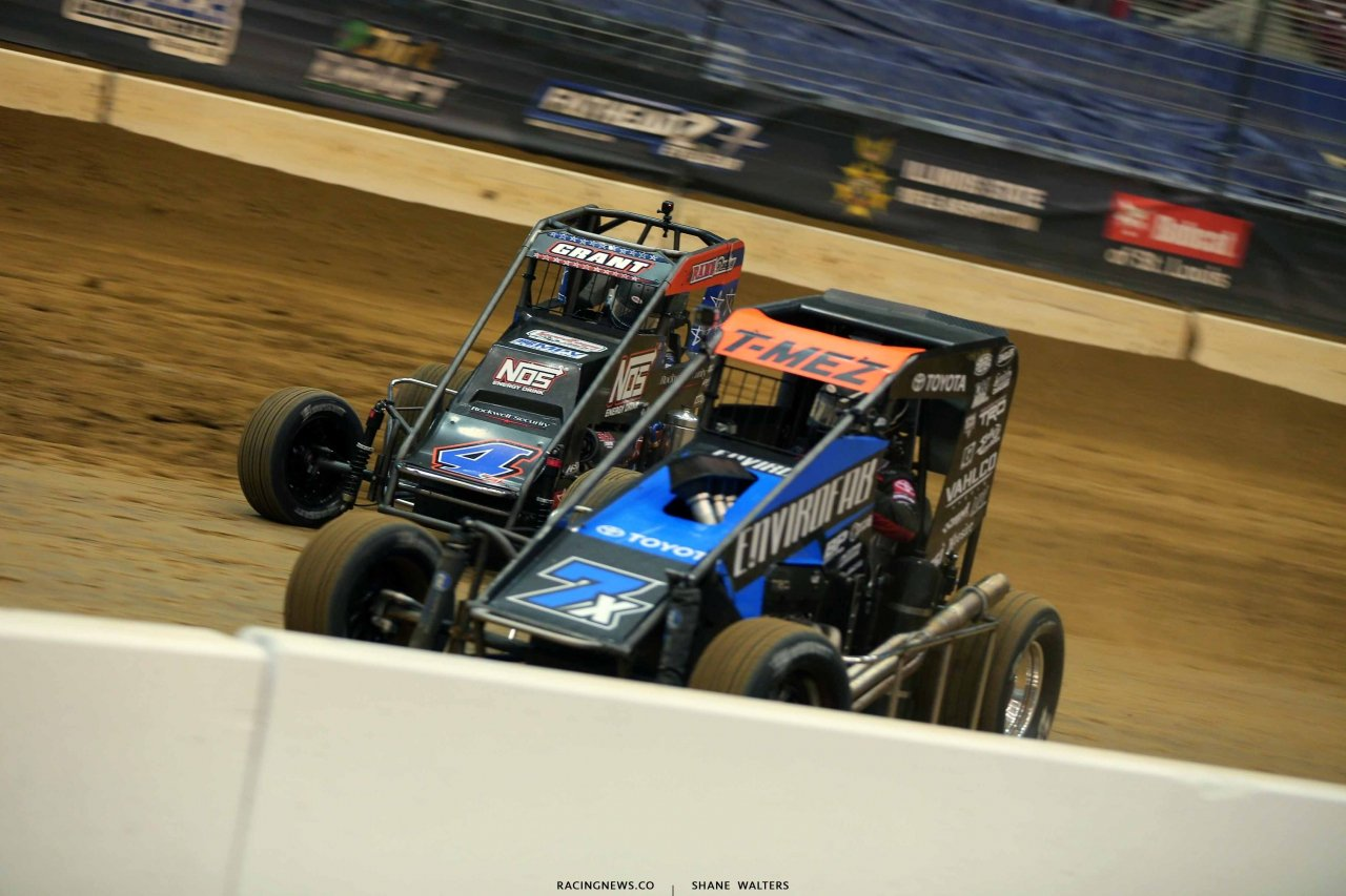 Justin Grant and Thomas Meseraull in the Gateway Dirt Nationals - Dirt Midgets 2038