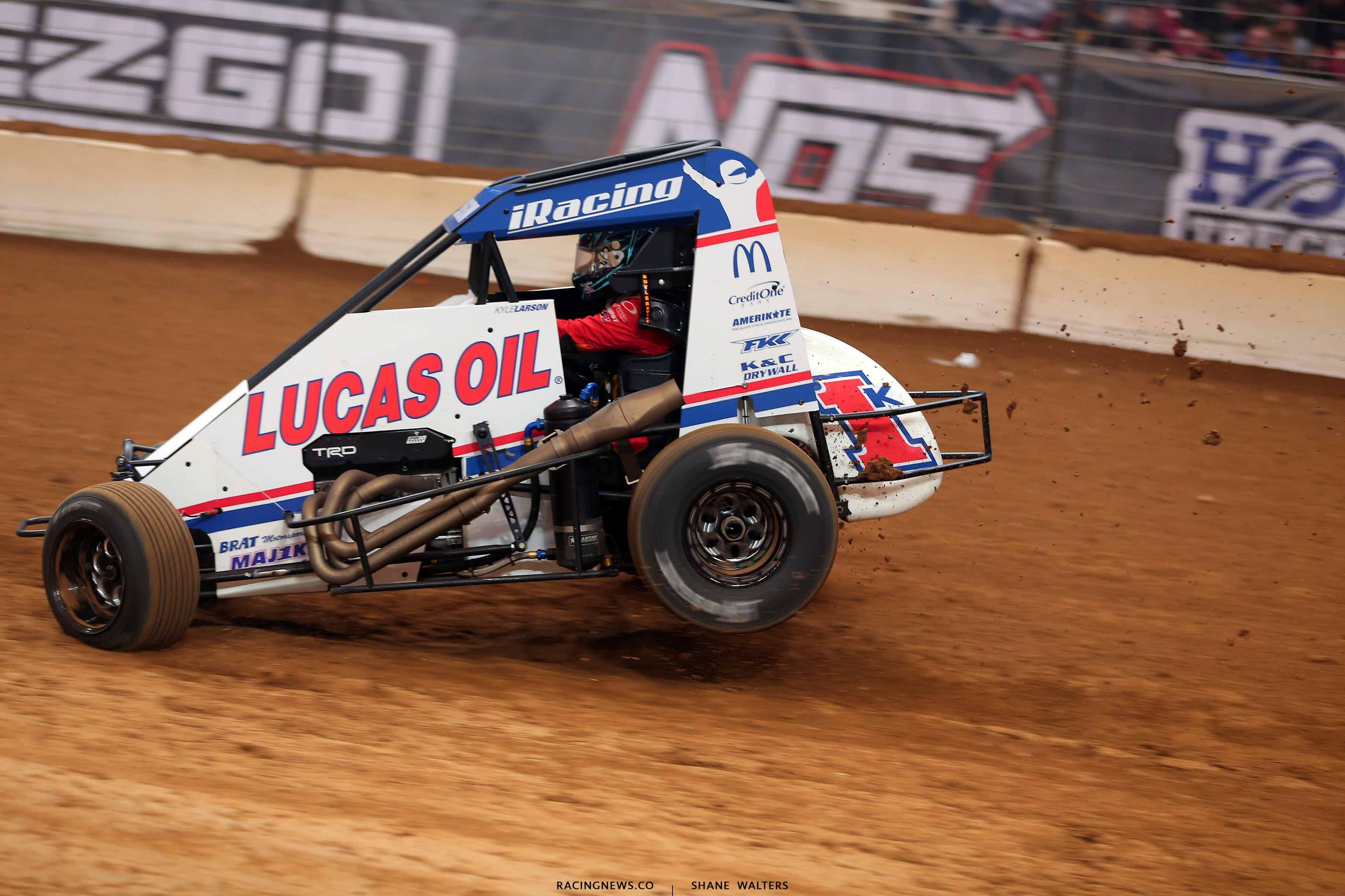 Kyle Larson in the Gateway Dirt Nationals - Dit Midgets 2740
