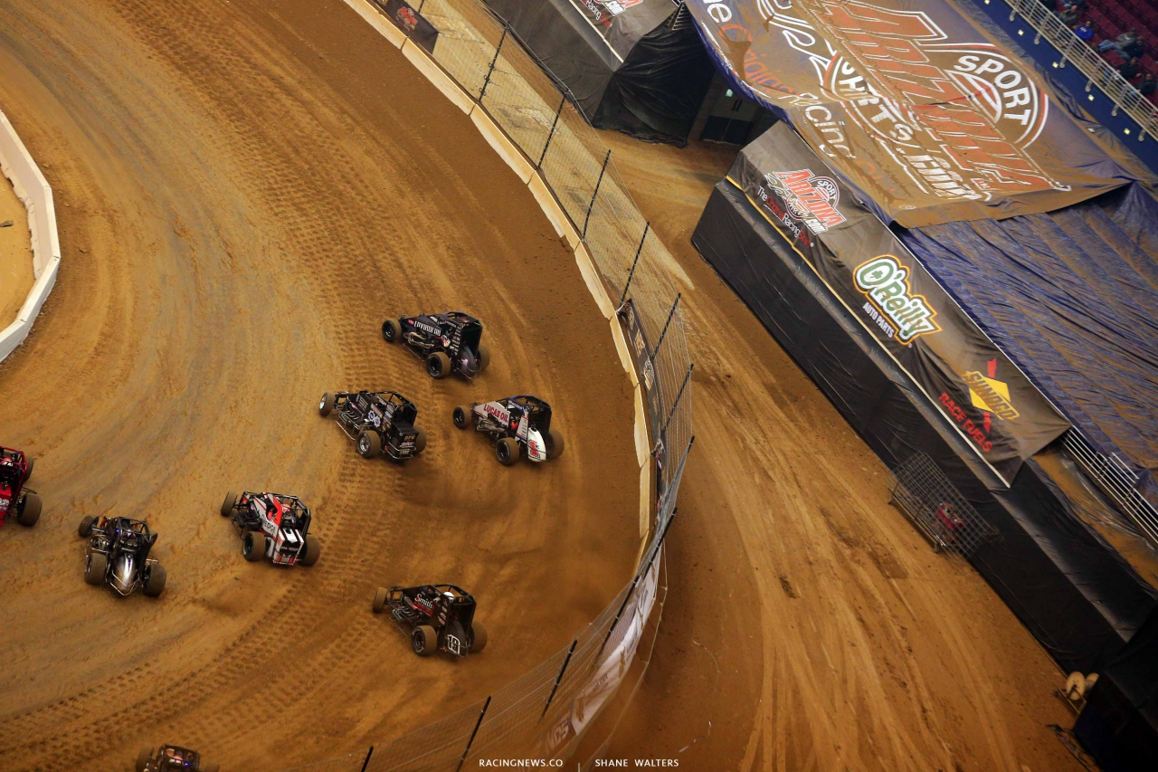 Michael Pickens, Kyle Larson and Sammy Swindell in the Gateway Dirt Nationals - Dirt Midgets 2194