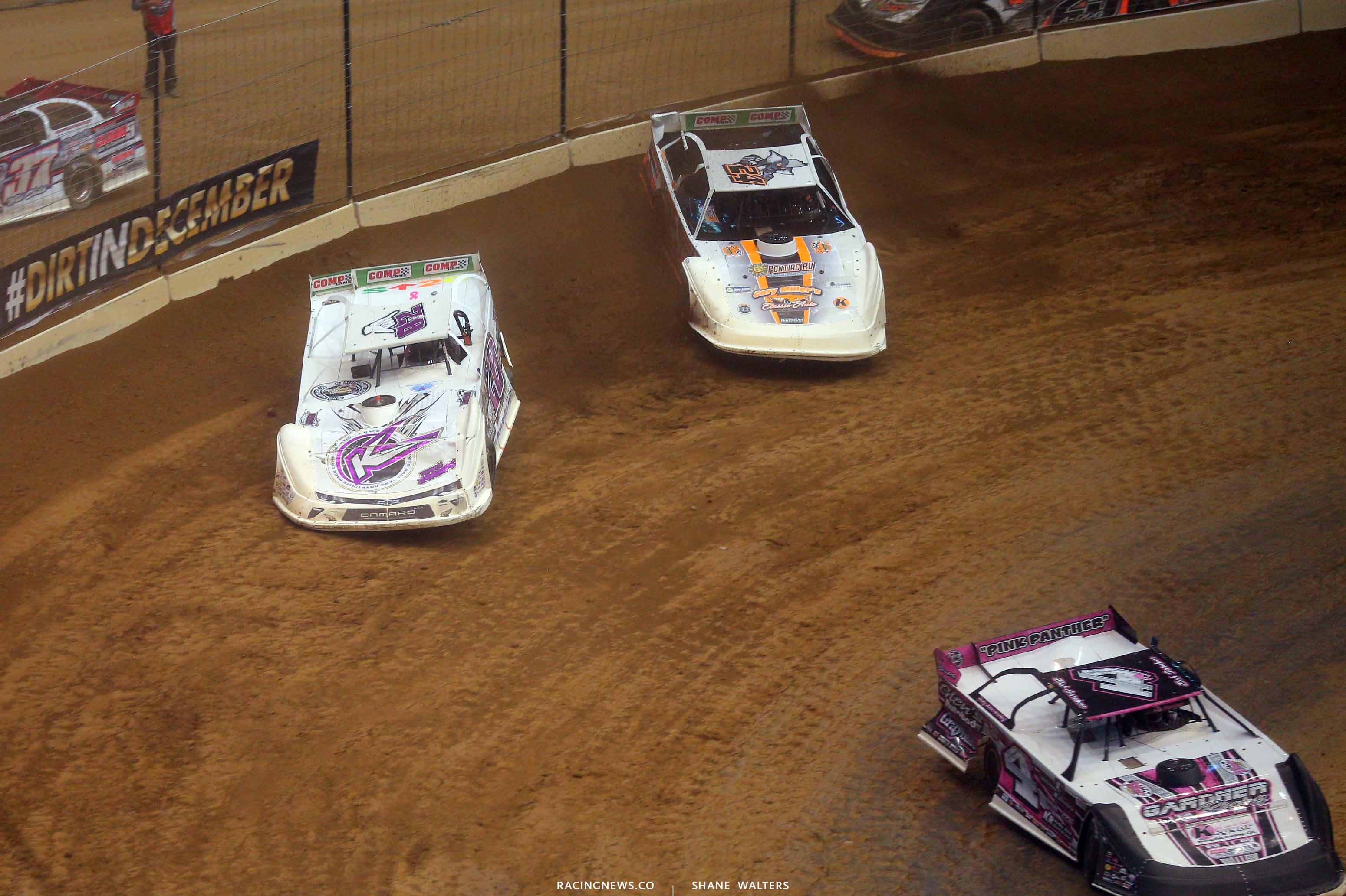 Tyler Carpenter and Ryan Unzicker in the Gateway Dirt Nationals - Dirt Late Model 2394
