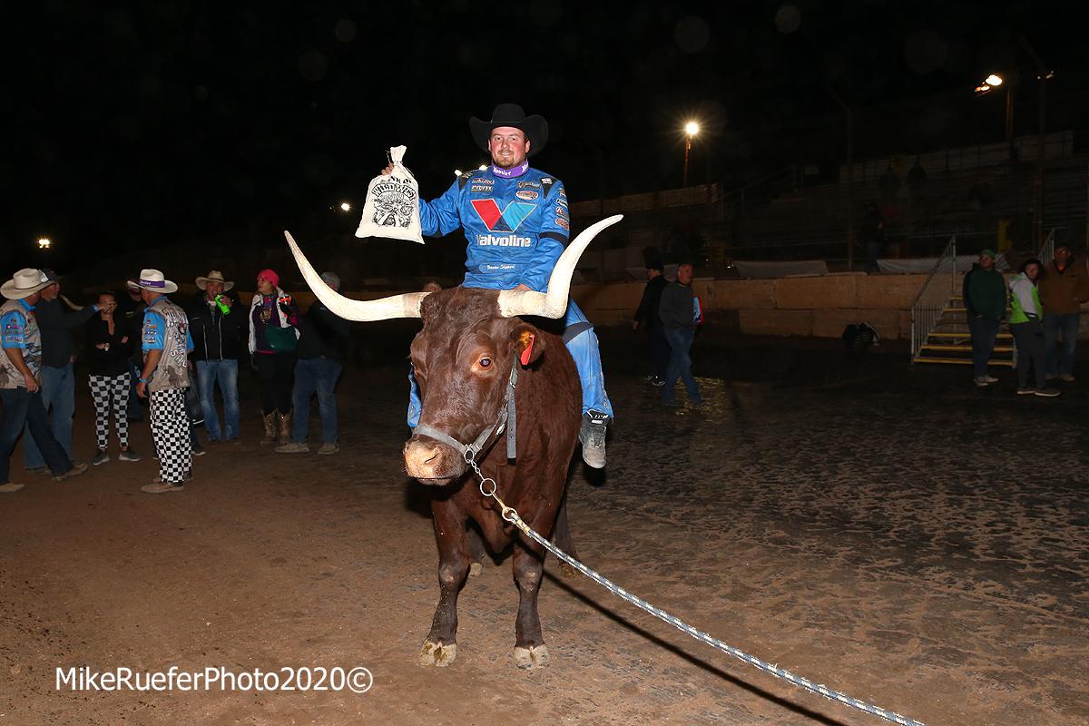 Brandon Sheppard on the bull - Arizona Speedway