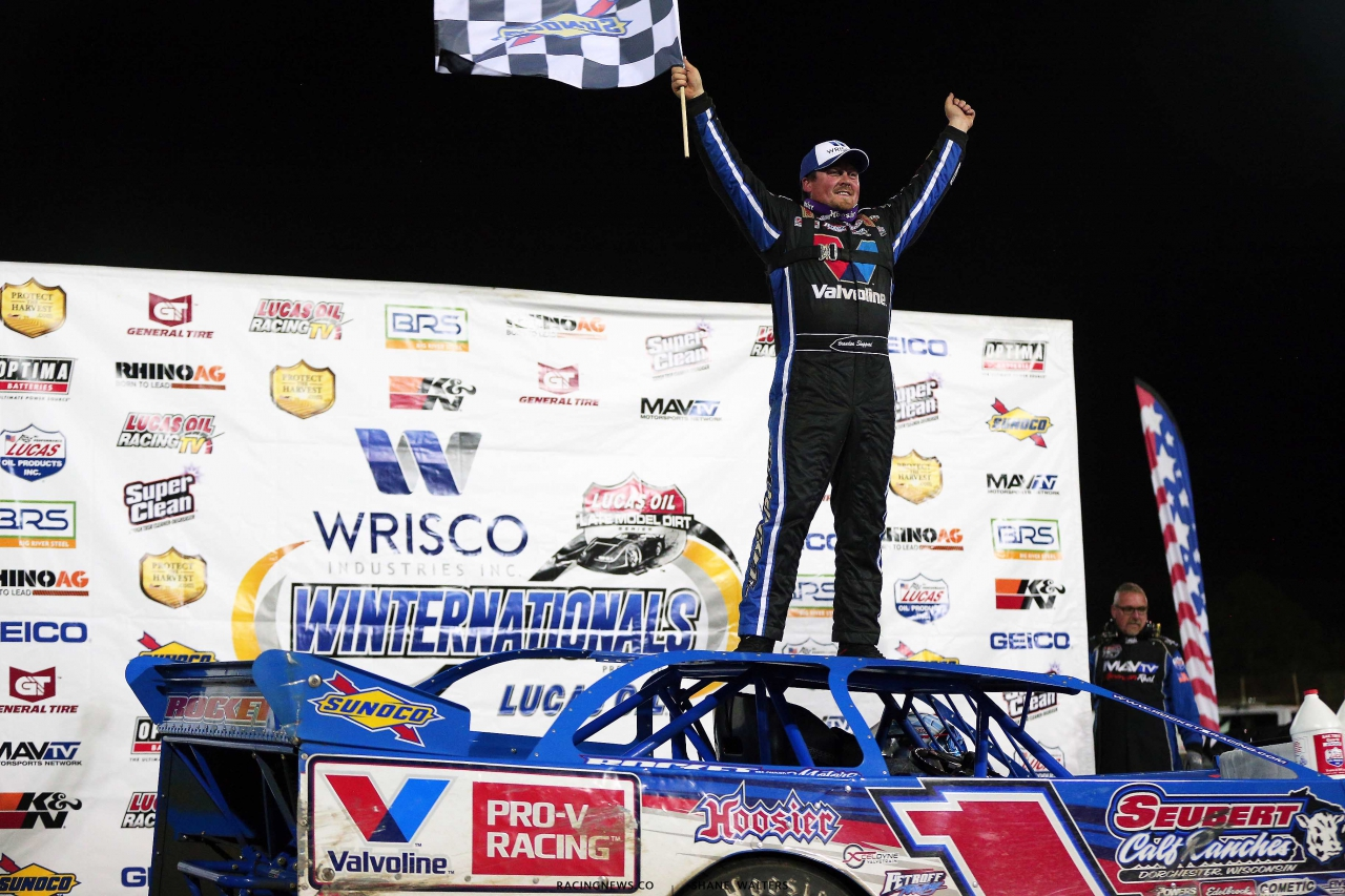 Brandon Sheppard in victory lane at East Bay Raceway Park - Lucas Oil Series 3993