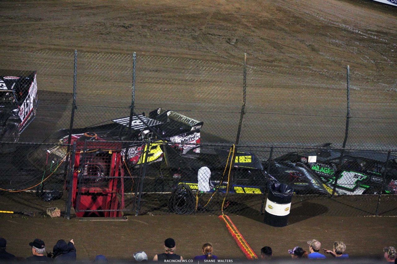 Crash at East Bay Raceway Park 4073