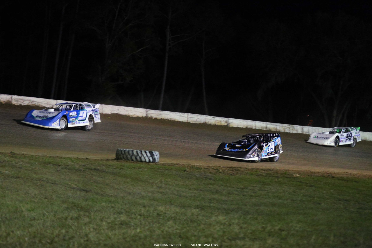 Devin Moran, Tim McCreadie and Jonathan Davenport at All-Tech Raceway - LOLMDS 5345