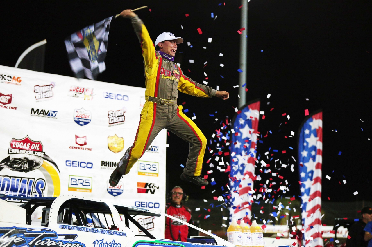 Devin Moran in victory lane at East Bay Raceway Park - Lucas Oil Series 3844