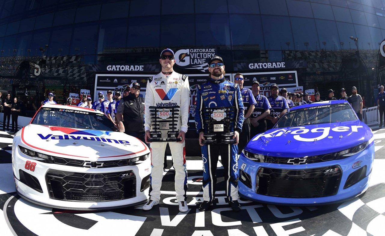 Ricky Stenhouse Jr and Alex Bowman set Daytona 500 front row - NASCAR Cup Series