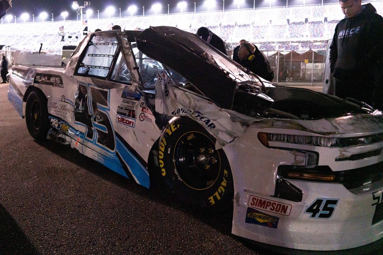 Ty Majeski flips at Daytona International Speedway - NASCAR Truck