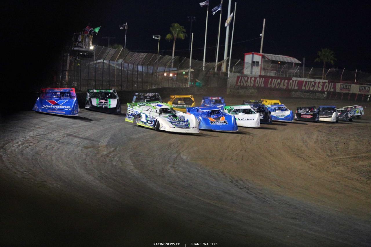 Tyler Erb, Brandon Sheppard, Kyle Bronson and Jonathan Davenport at East Bay Raceway Park - Lucas Oil Late Model Dirt Series 4870