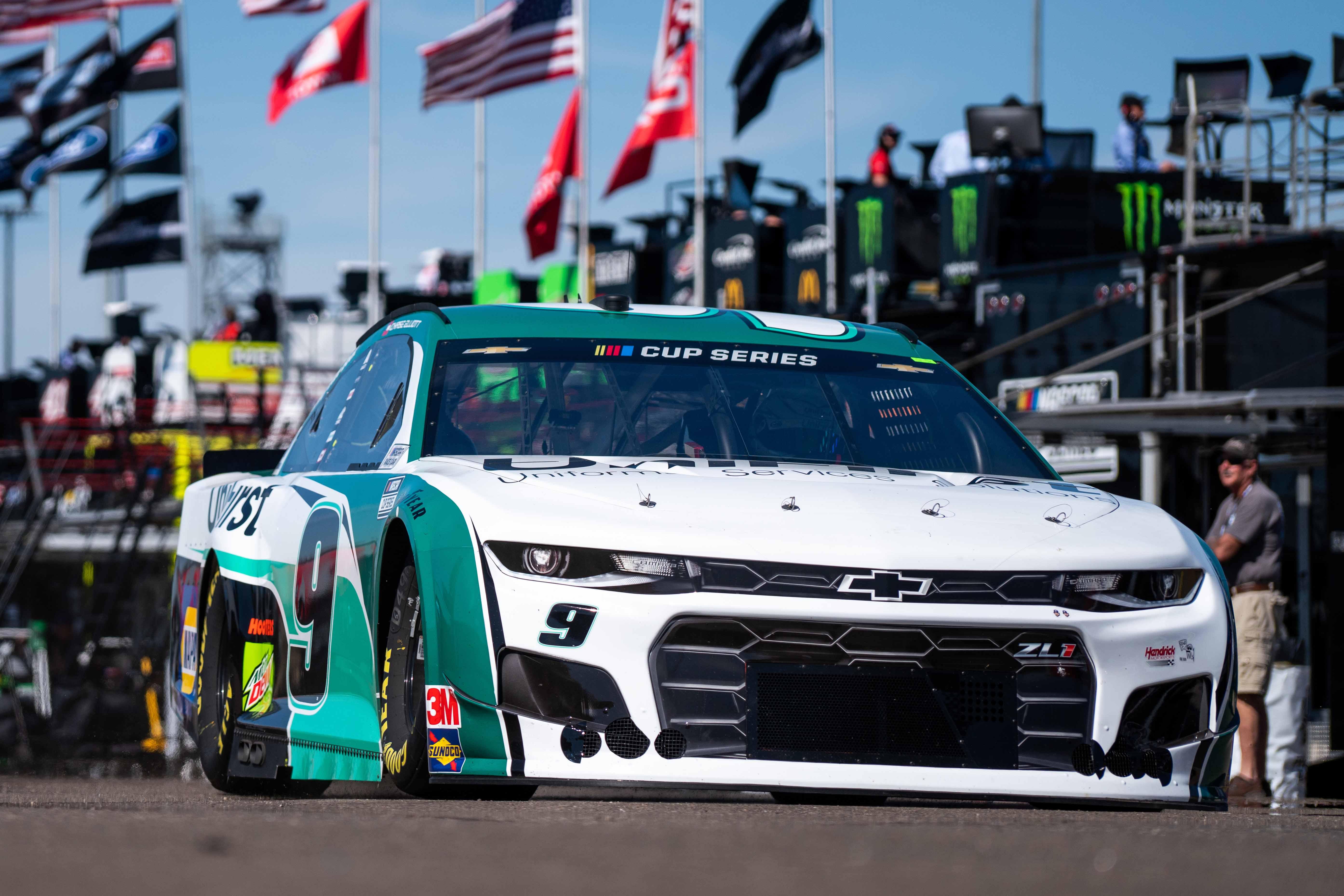 Chase Elliott at Phoenix Raceway - NASCAR Cup Series garage